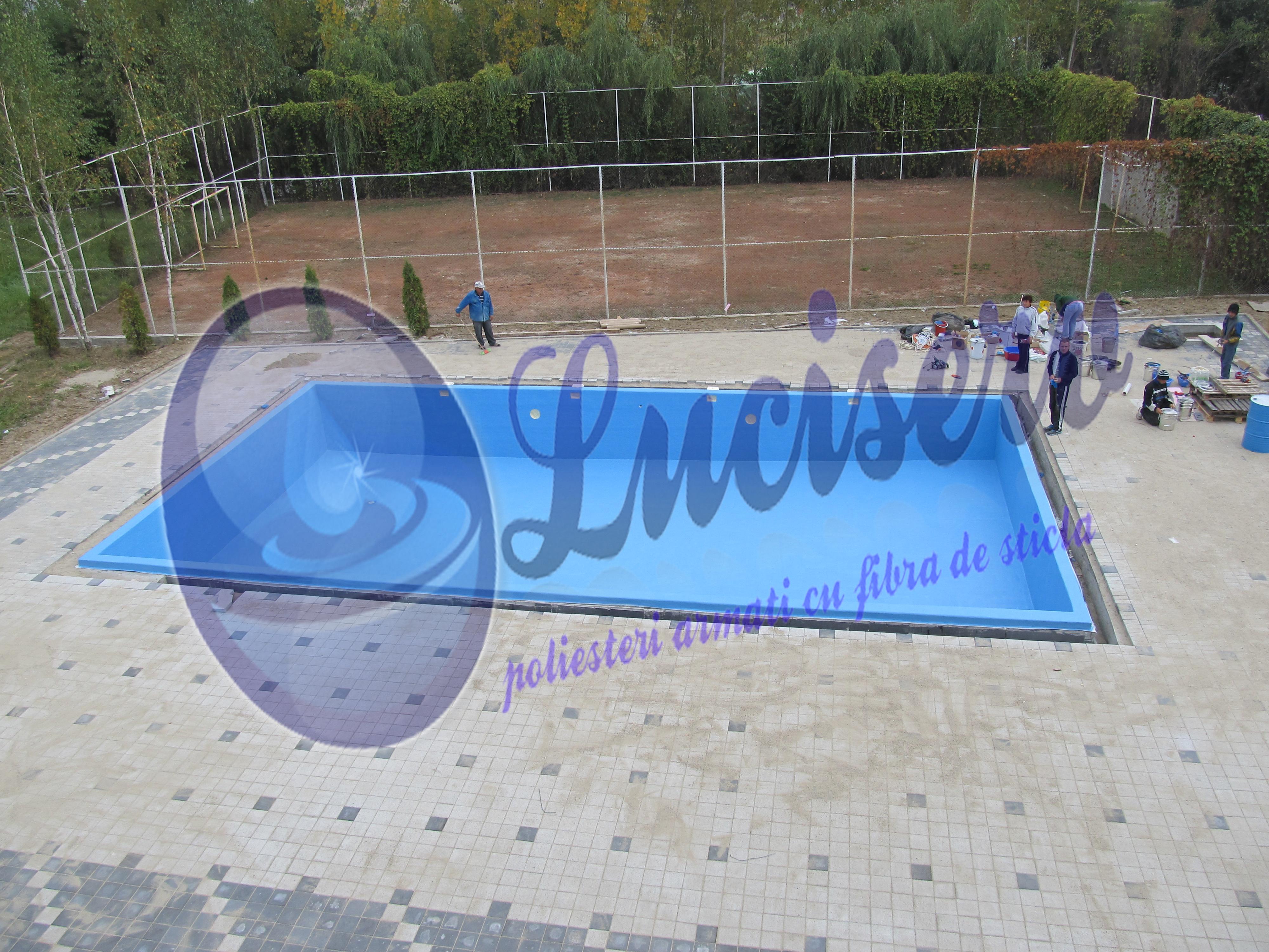 Constructie piscina in regie proprie luciserv for Constructie piscine